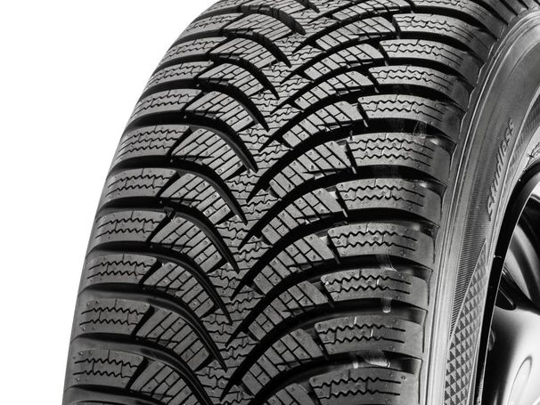 Hankook i*cept RS2 W452