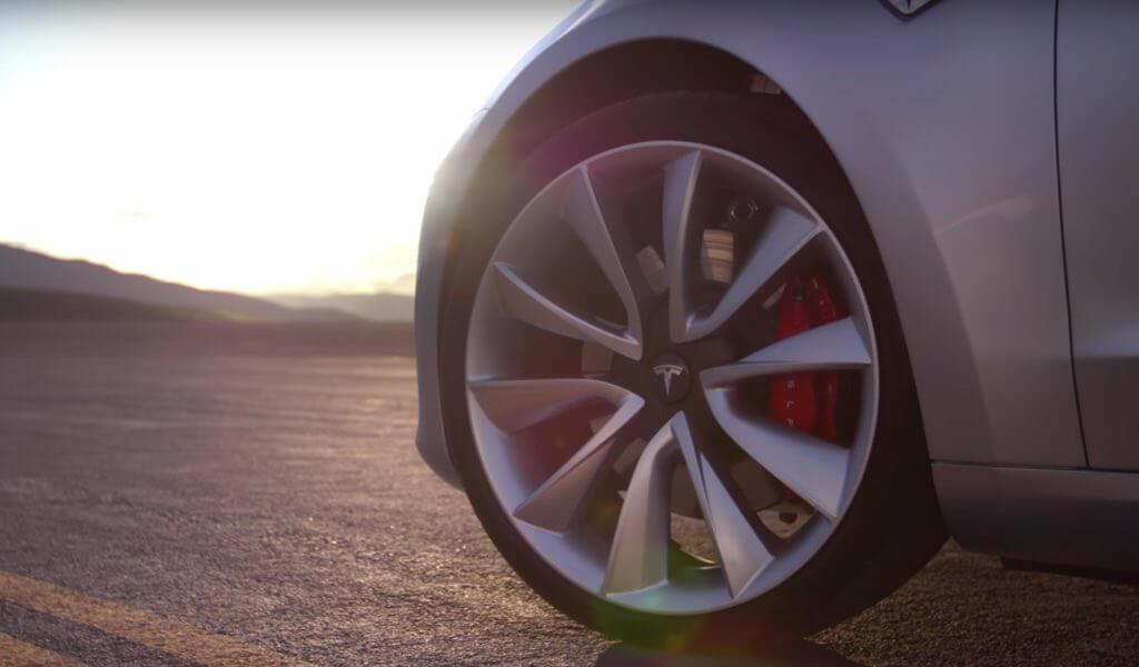 Шины Hankook в оригинальной комплектации на Tesla Model 3